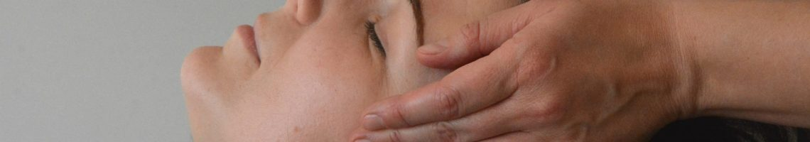 face and hands massage photo